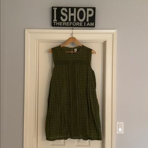 Gap Eyelit Dress Size L